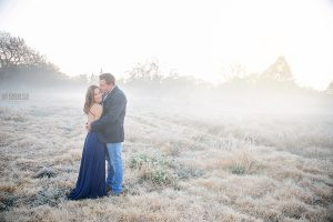 Elize Mare Photography Couple shoot on a misty winters morning at sunrise