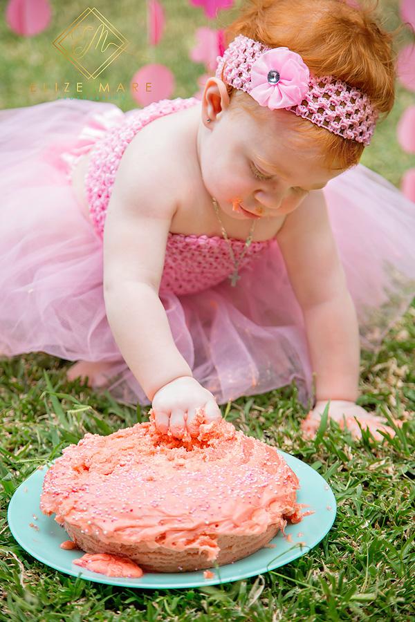 Elize Mare Photography Cake Smash