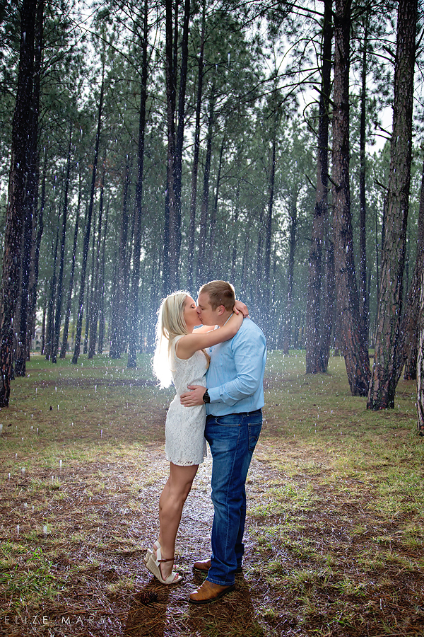 Elize Mare Photography Rainy engagement shoot