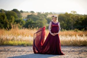Elize Mare Photography Hertford Country Hotel Maternity shoot