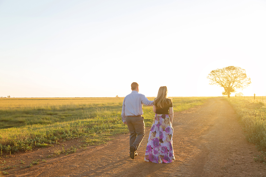 Elize Mare Photography color smoke grenade engagement shoot