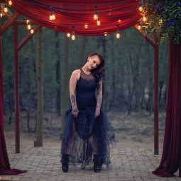 Styled Shoot {Dark… and Moody…}