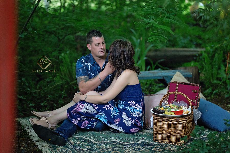 Elize Mare Photography Bojangles Picnic Venue Engagement
